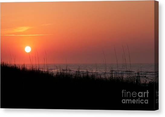 Emerald Isle Sunrise II Canvas Print