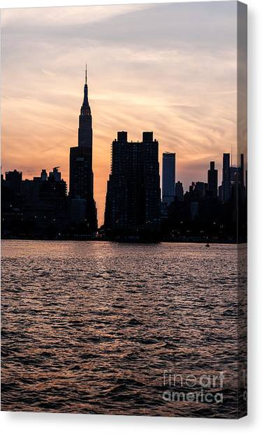 Empire On 5th Avenue Canvas Print