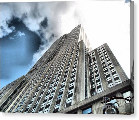 Empire State Building - Vertigo In Reverse Canvas Print