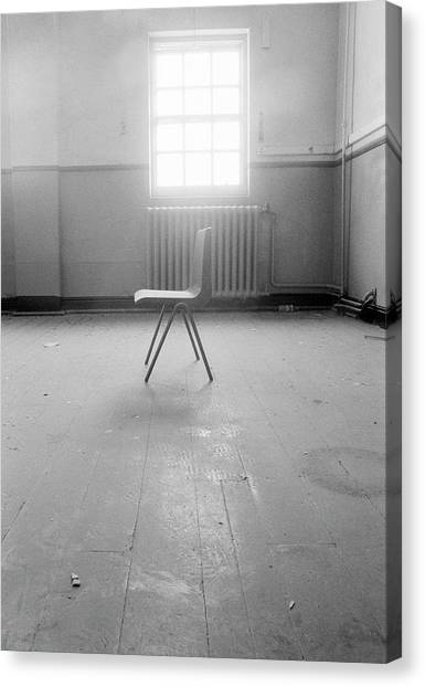 Empty Chair Canvas Print by Larry Dunstan/science Photo Library