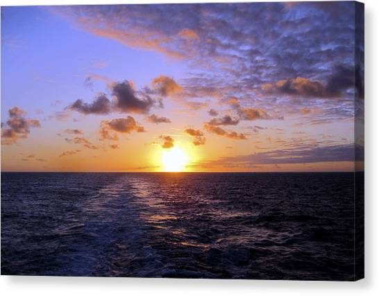 Hawaiian End Of Day Canvas Print
