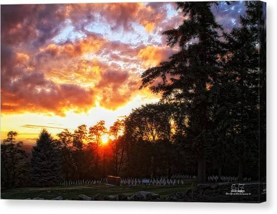 End Of Day In Time Canvas Print by Dan Quam
