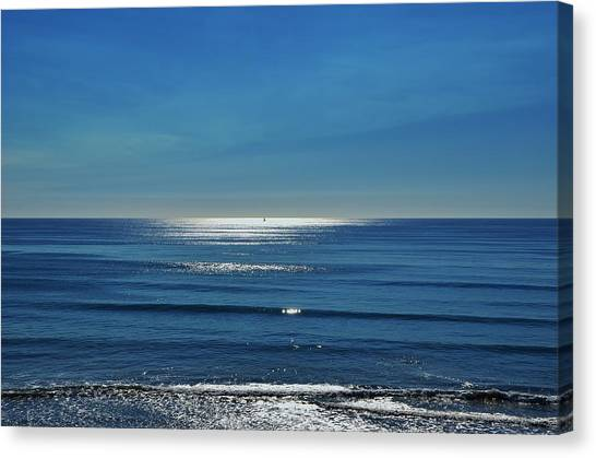 Endless Ocean  Canvas Print