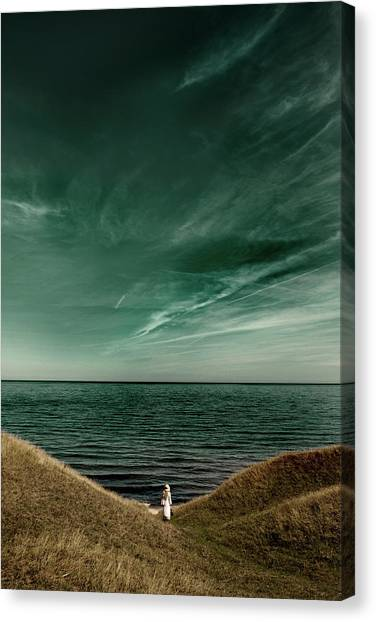 Endless Sea Canvas Print by Kristoffer Jonsson