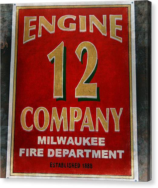 Engine 12 Canvas Print
