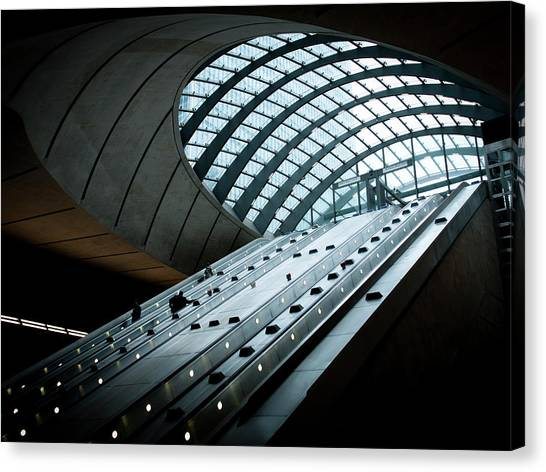 Entrance To The Canary Wharf Tube Canvas Print