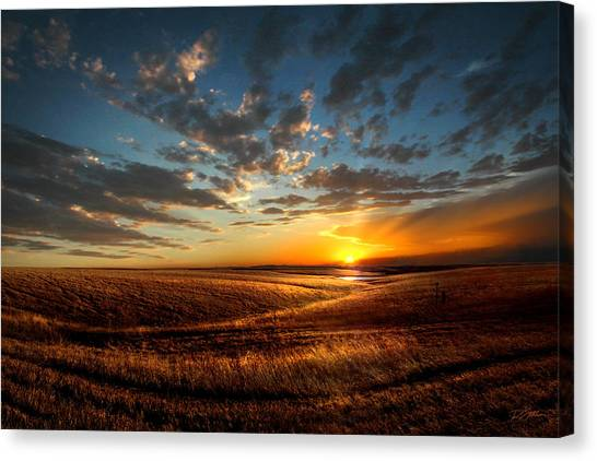 Evening Glow In Chase County Canvas Print