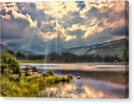 Evening In The Rocky Mountain National Park Canvas Print