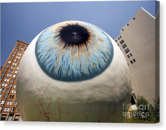 Eye Gigantus Canvas Print