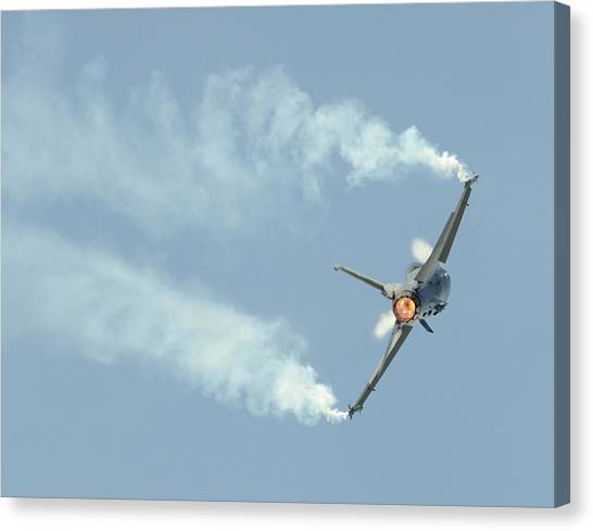 F16 Canvas Print - F-16 Fighting Falcon Fighter Jet by Aviation Images / Science Photo Library