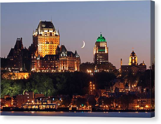 Quebec Canvas Print - Fairmont Le Chateau Frontenac by Juergen Roth
