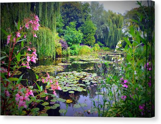 Fairy Tale Pond With Water Lilies And Willow Trees Canvas Print
