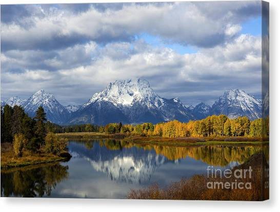 Fall Glory At The Oxbow Canvas Print
