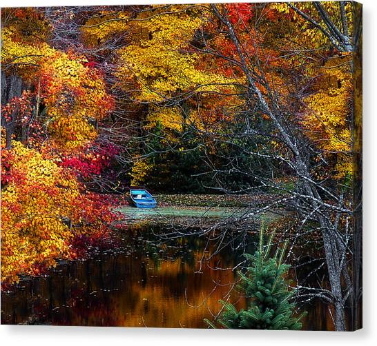 Fall Pond And Boat Canvas Print