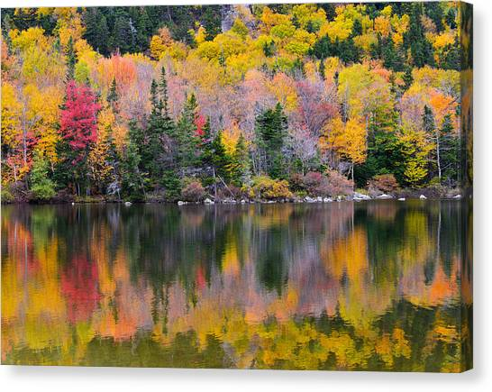 Fall Reflections In Echo Lake Canvas Print