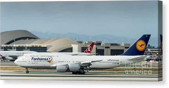 Fanhansa Boeing 747 Airliner Canvas Print