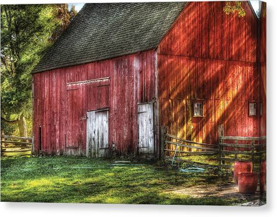 Farm - Barn - The Old Red Barn Canvas Print
