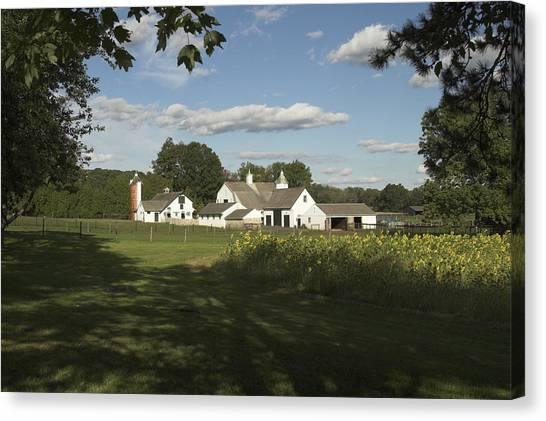 Farm House In Pa Canvas Print