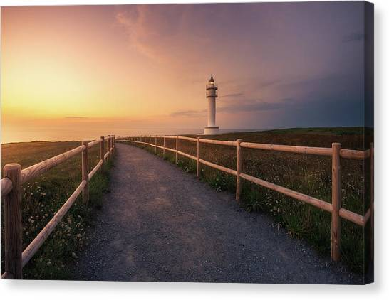 Sundown Canvas Print - Faro De Ajo by Iv?n Ferrero
