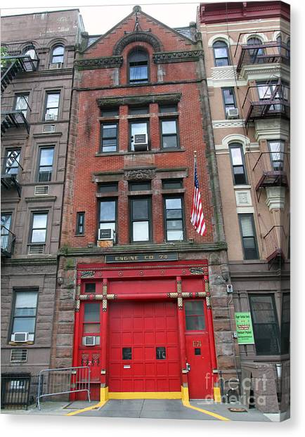 Fdny Engine 74 Firehouse Canvas Print