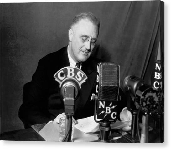 Franklin D. Roosevelt Canvas Print - Fdr Addresses Labor Strikes by Underwood Archives