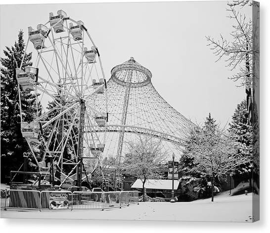 Smoothie Canvas Print - Ferris Wheel And R F P Pavilion - Spokane Washington by Daniel Hagerman