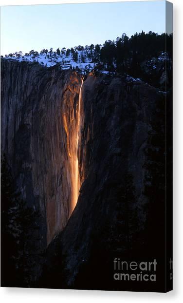 Fire Falls In Yosemite  Canvas Print