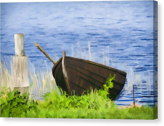 Fishing Boat On The Volga Canvas Print by Glen Glancy