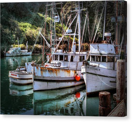 Fishing Boats In Fort Bragg Canvas Print