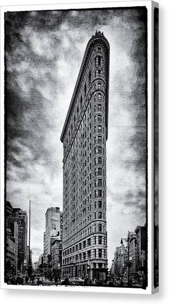 Flatiron Building - New York City Canvas Print