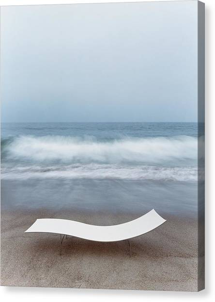 Flexy Batyline Mesh Curve Chaise On Malibu Beach Canvas Print