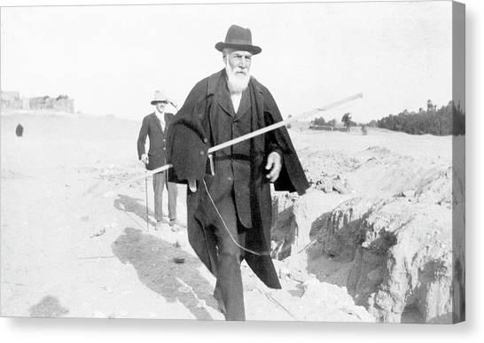 flinders petrie archaeology