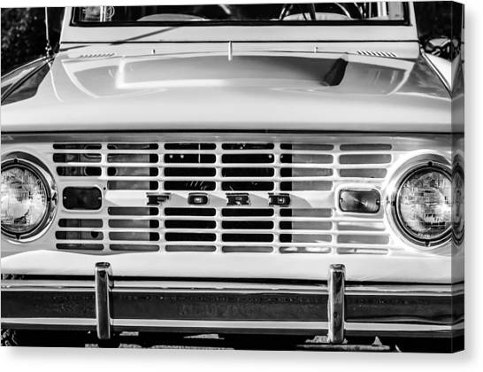 Canvas Print featuring the photograph Ford Bronco Grille Emblem -0014bw by Jill Reger