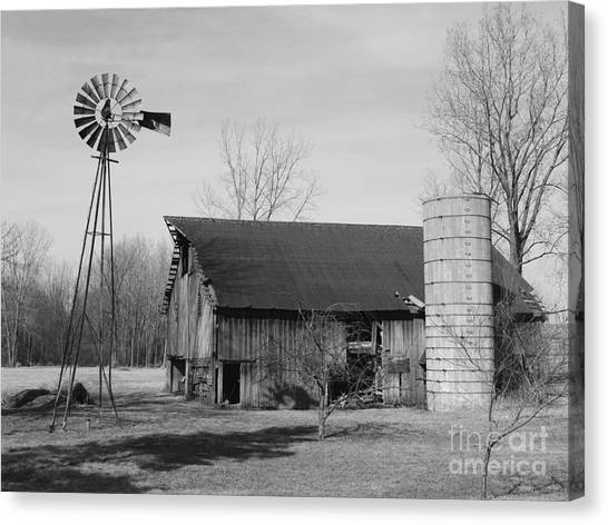 Forgotten Farm In Black And White Canvas Print