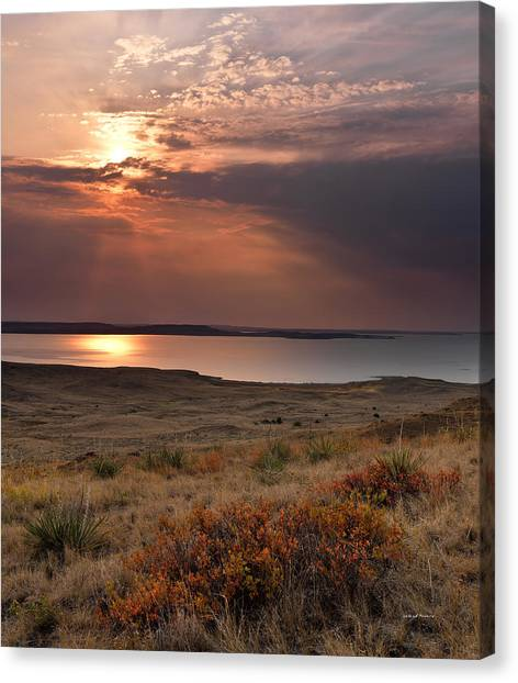 Fort Peck Lake Canvas Print by Leland D Howard