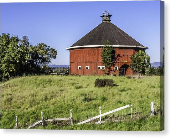 Fountaingrove Round Barn Canvas Print