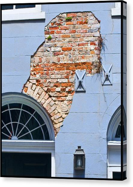 French Quarter Architecture Canvas Print by Ray Devlin