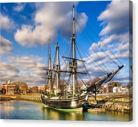 Friendship Of Salem At Harbor Canvas Print