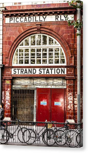 Front To The Disused Strand Underground Station On The Piccadill Canvas Print