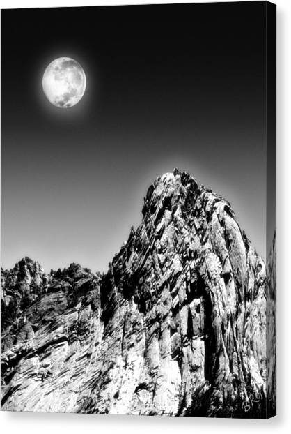 Full Moon Over The Suicide Rock Canvas Print
