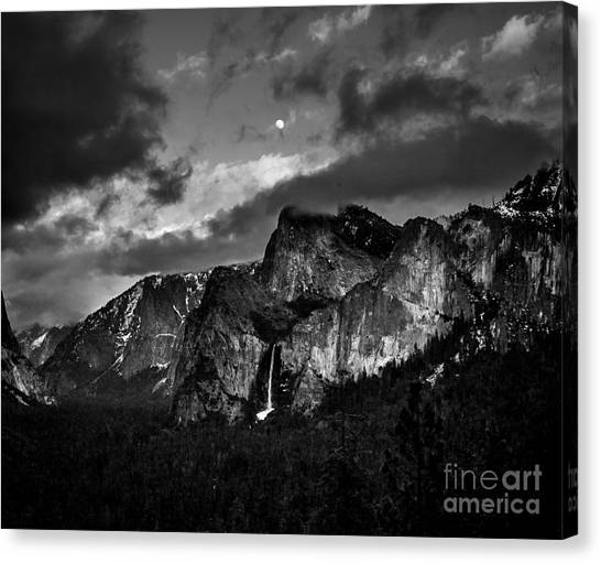 Full Moon View Canvas Print