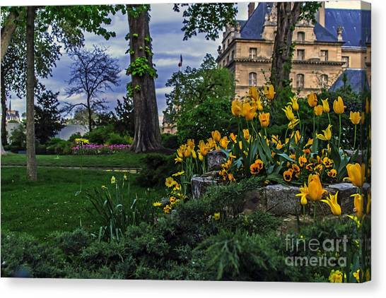 Les Invalides Canvas Print - Sunset At Garden Of Les Invalides by Elvis Vaughn