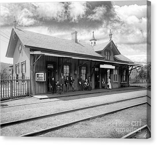 Garrison Train Station In Black And White Canvas Print
