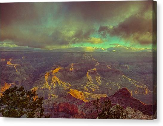 Gentle Sunrise Over The Canyon Canvas Print