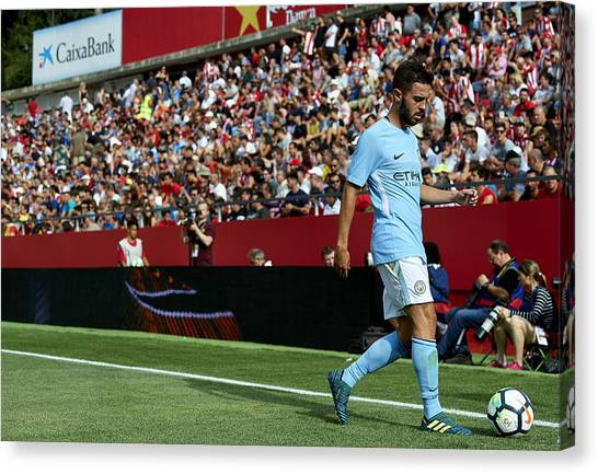 Girona V Manchester City Canvas Print by Manuel Queimadelos Alonso