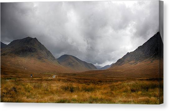 Canvas Print featuring the photograph Glen Etive by Trever Miller