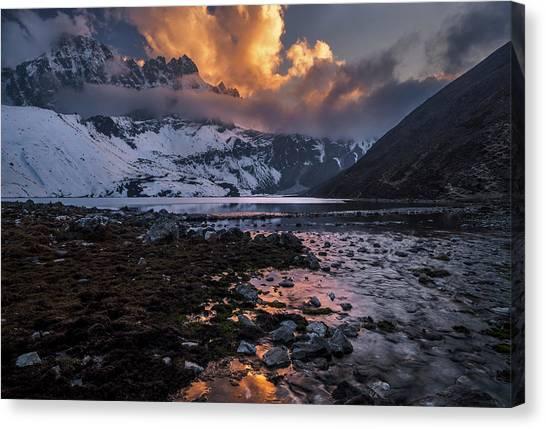 Winter Sky Canvas Print - Gokyo Fire by Karsten Wrobel