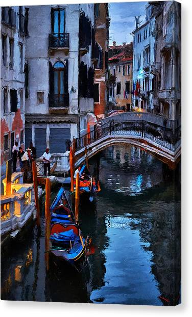 Gondola Drivers Canvas Print