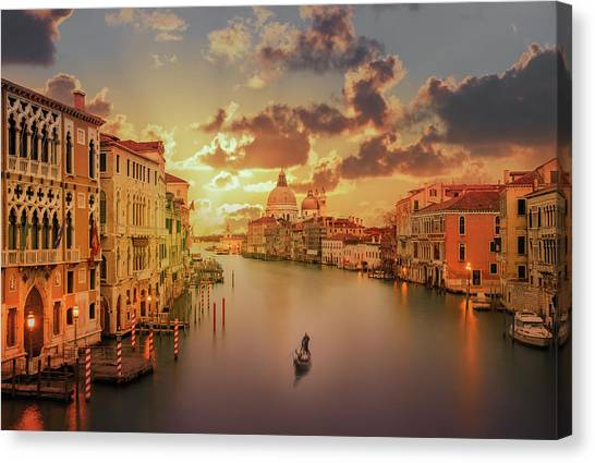 Gondola In The Grand Canal At Sunset Canvas Print by Buena Vista Images