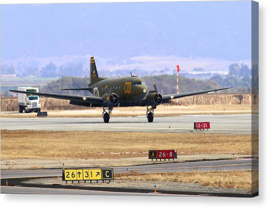 Gooney Bird C47 Landing At Salinas Air Show Canvas Print